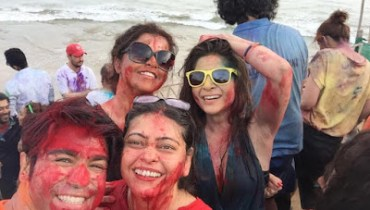 pakistani celebrities celebrating Holi