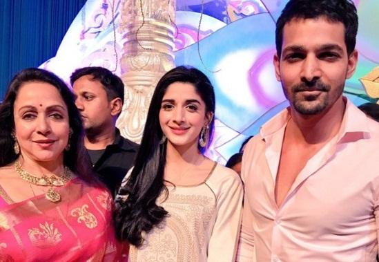Mawra Hocane With Hema Malini and Harshvardhan Rane