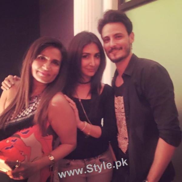 Pakistani Celebrities at the Launch of International Watch brand (3)