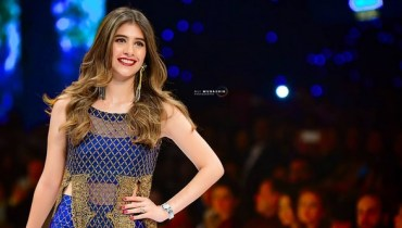 See Syra Shahroz looked gorgeous at FPW16 Day 3