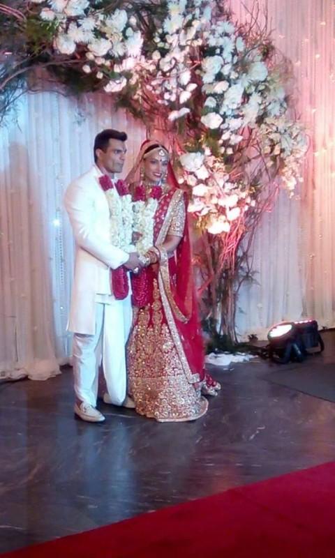 Bipasha Basu's Wedding Pictures (4)