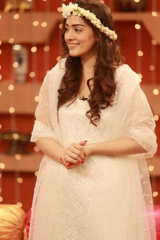 Bridal Shower celebrated in Good Morning Pakistan (5)