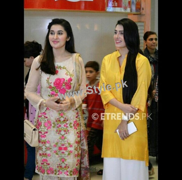 Ayeza Khan at the launch of Andy Birds (3)