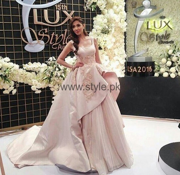 See Best Dressed Celebrities at Lux Style Awards 2016
