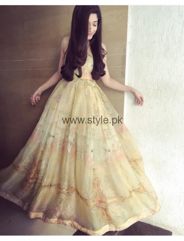 Every time You need to copy Mawra Hocane's looks (4)