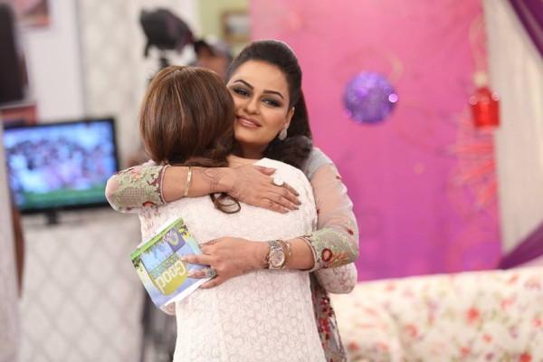 See Javeria Abbasi replaced Nida Yasir in Good Morning Pakistan