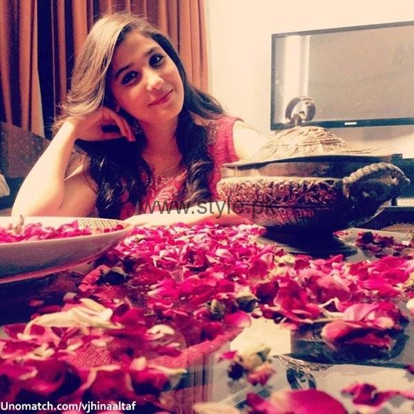 Pakistani Actress And VJ Hina Altaf Profile0023