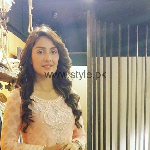 Pictures of Ayeza Khan from Shehrnaaz  (2)