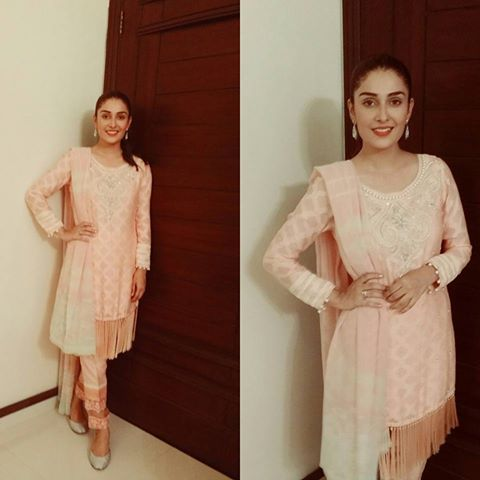 Pictures of Pakistani Celebrities on 2nd day of Eid (2)