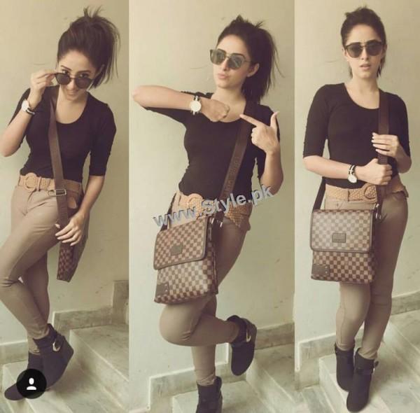 Sanam Chauhdry's Style has no Match (8)