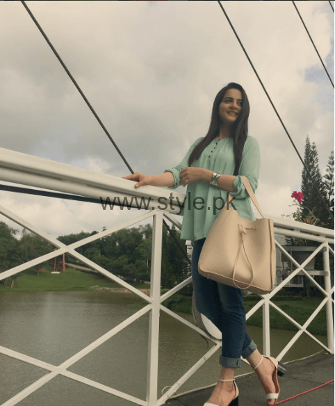 Aiman Khan and Minal Khan are enjoying in Thailand (6)