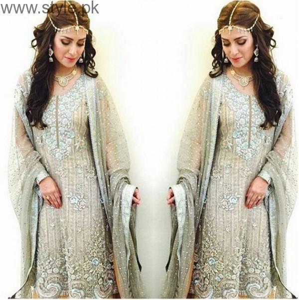 Ayeza Khan Bridal Photo