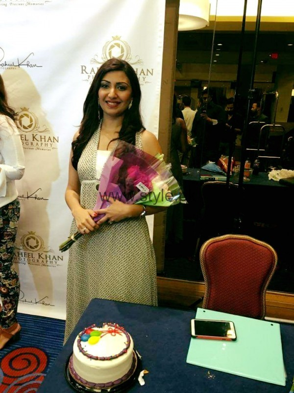 Maheen Rizvi at a Recent Event with her Husband (2)