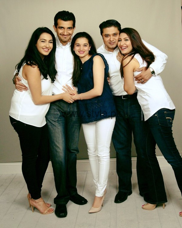 Maheen Rizvi's family Pictures (2)
