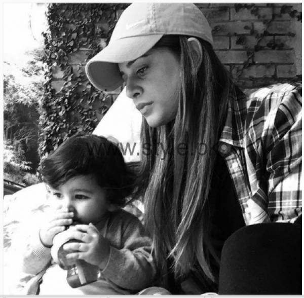 Mehreen Raheel With Her Son