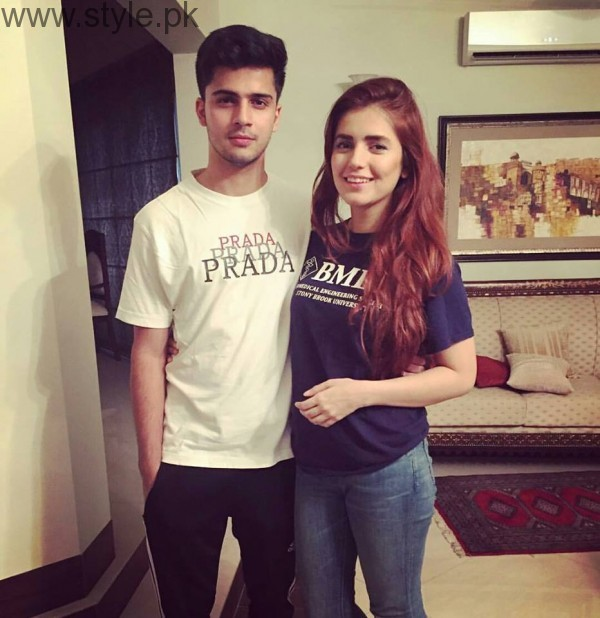 Momina Mustehsan's Family Pictures (3)