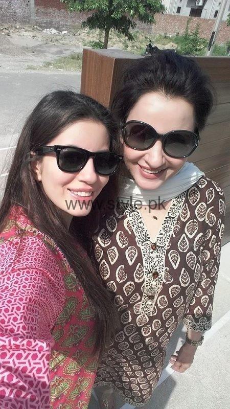 Saba Faisal Daughter Sadia Faisal Pic