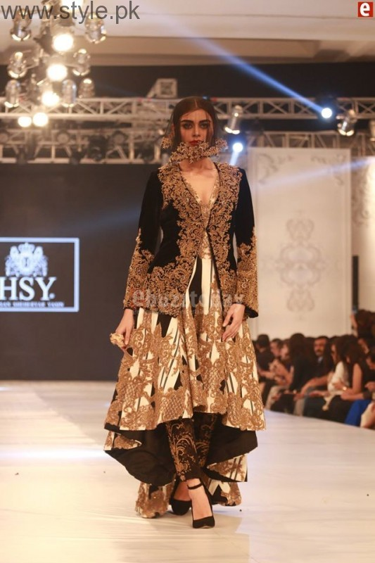 HSY at PFDC L'Oréal Paris Bridal Week 2016 Day 1 002 (3)