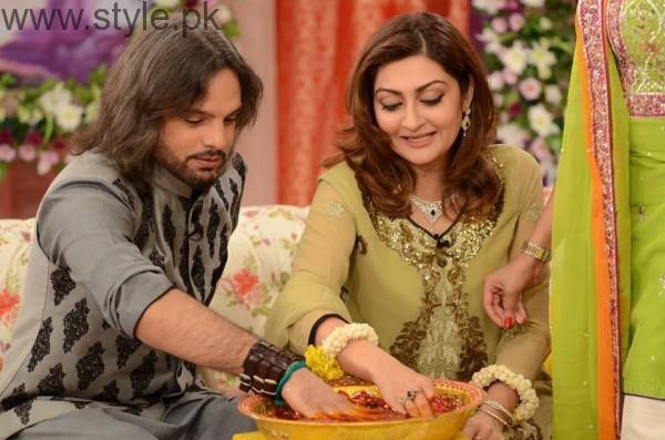 See Nouman Javaid and Jana Malik's Mehndi Pictures