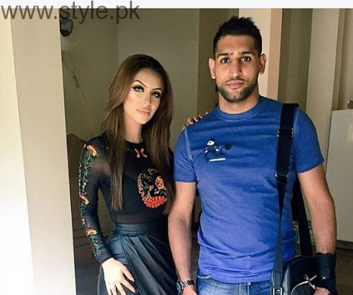 Pictures of Boxer Amir Khan with his Wife (5)