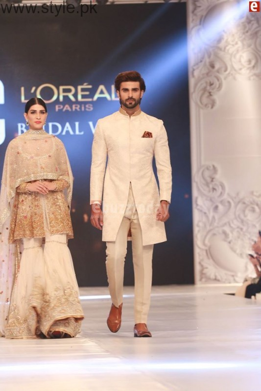 Sania Maskatia at PFDC L'Oreal Paris Bridal Week 2016 Day 1 (10)