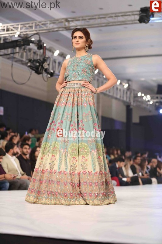 10 Best Dresses at PFDC L'Oréal Paris Bridal Week 2016 (11)