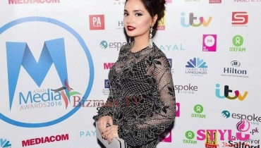 Armeena Rana Khan Backstage Asian Media Awards