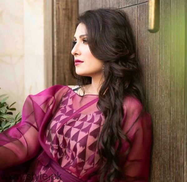 Ayeza Khan's Photoshoot for OK Pakistan (3)