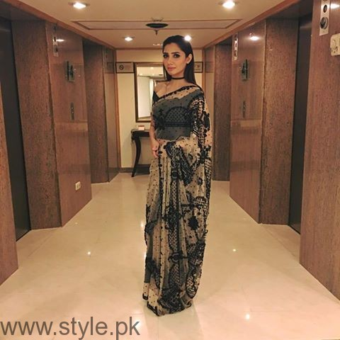 Celebrities at Qmobile HUM Style Awards 2016 (2)