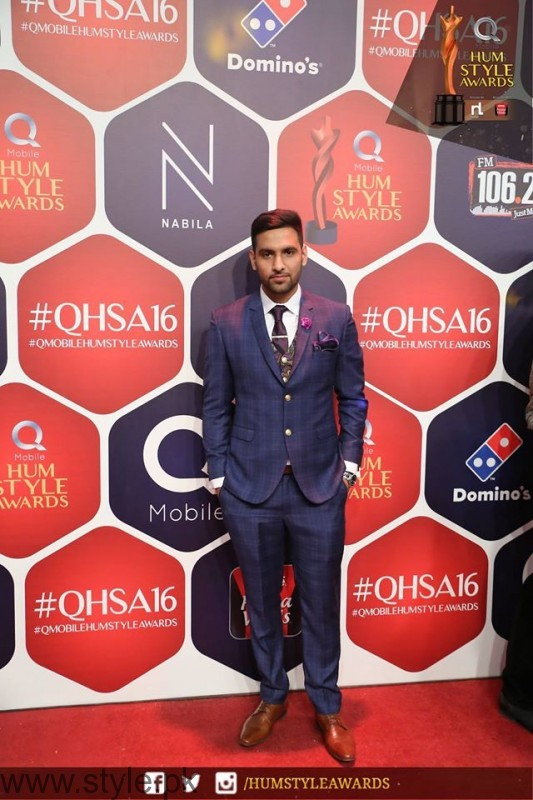 Celebrities at Qmobile HUM Style Awards 2016 (26)
