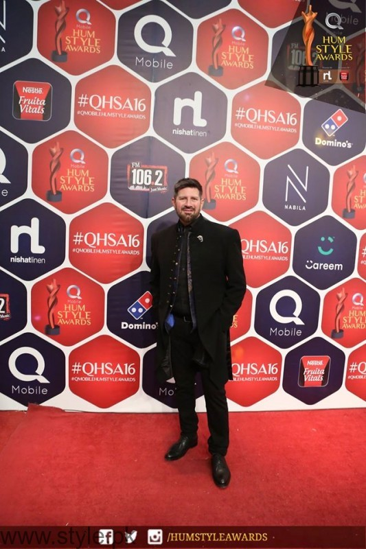 Celebrities at Qmobile HUM Style Awards 2016 (41)