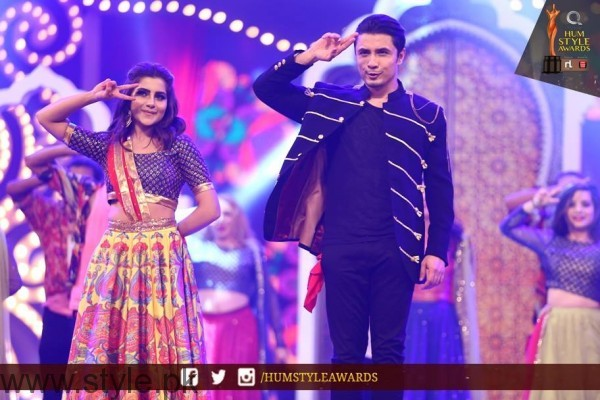 Celebrities at Qmobile HUM Style Awards 2016 (58)