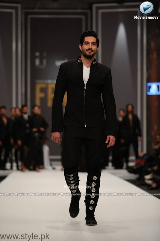 HSY Collection at Fashion Pakistan Week 2016 (3)