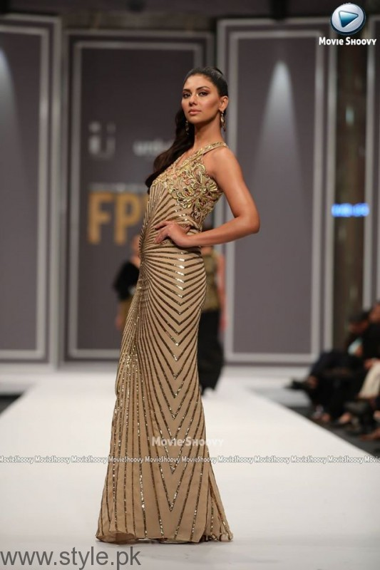 Maheen Karim Collection at Fashion Pakistan Week 2016 (2)