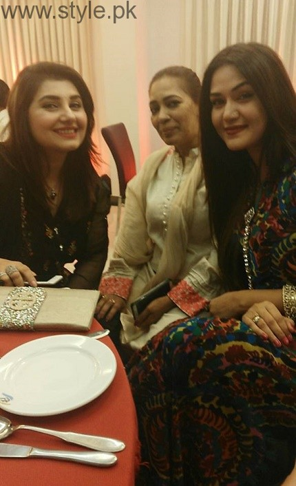 Mathira's Sister Rose Wedding Pictures 001