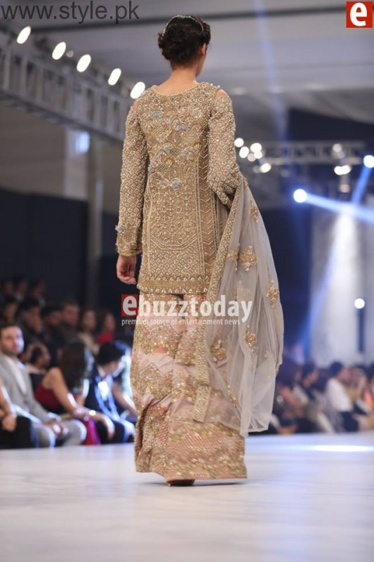 PFDC L'Oréal Paris Bridal Week 2016 Day 2 Pictures (15)