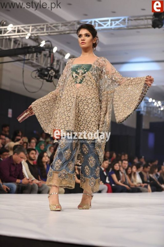 PFDC L'Oréal Paris Bridal Week 2016 Day 2 Pictures (20)