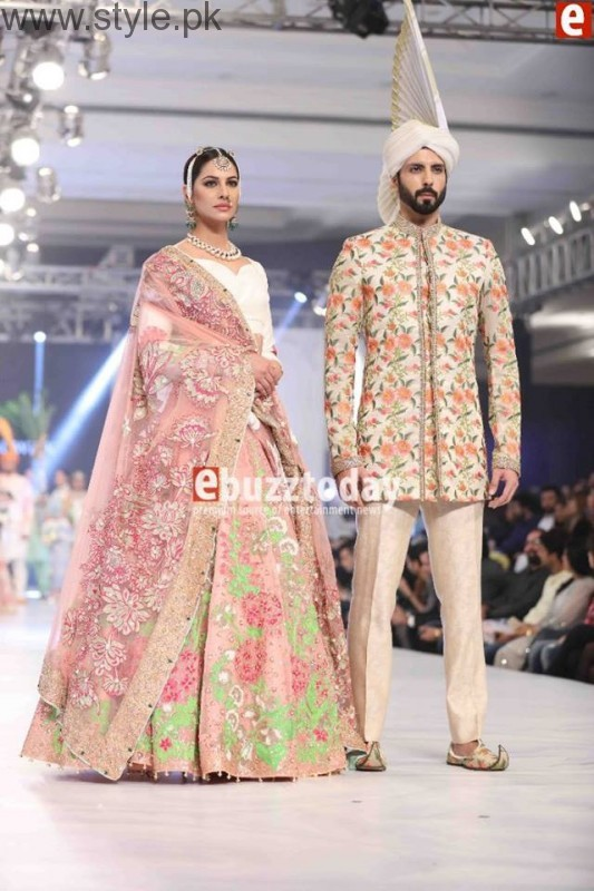 PFDC L'Oréal Paris Bridal Week 2016 Day 3 Pictures (22)