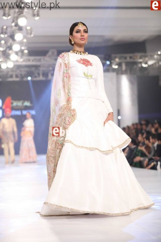 PFDC L'Oréal Paris Bridal Week 2016 Day 3 Pictures (27)