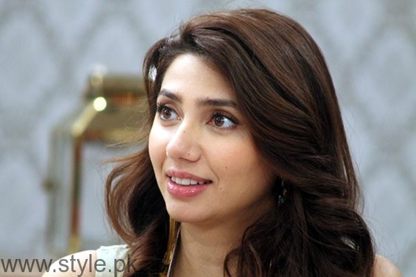 Pakistani Celebrities And Their Pay Packages004