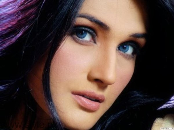 Top 5 Pakistani Actresses Who Remain Single Forever002