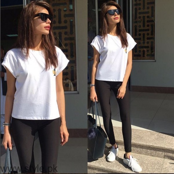 White Sneakers Trend in Pakistani Celebrities (6)