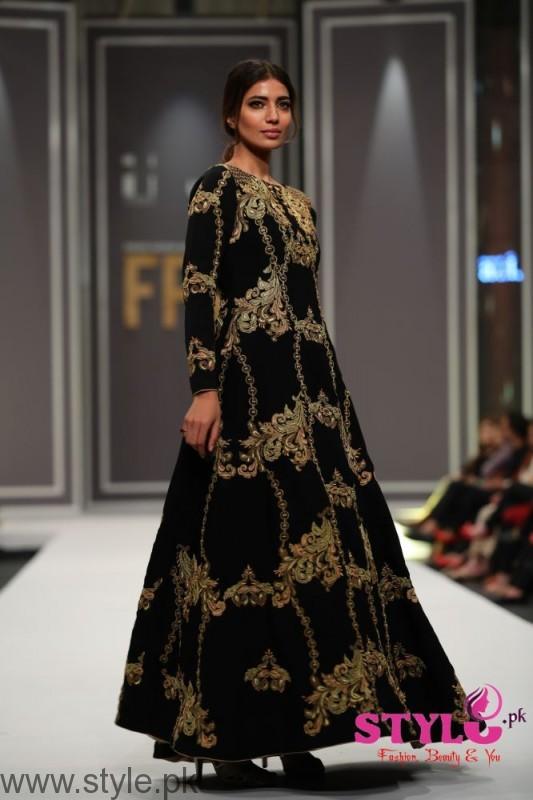 Arsalan Iqbal collection at Fashion Pakistan Week 2016 (4)