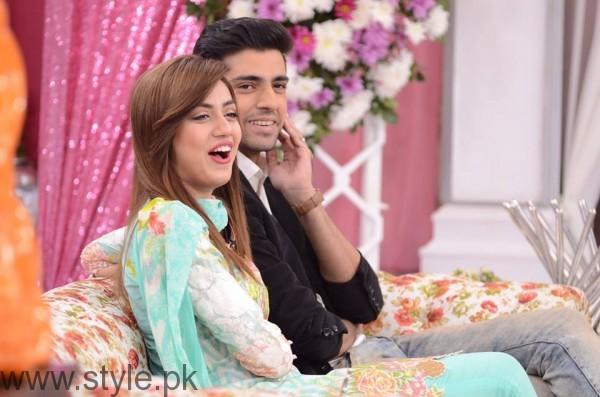 Furqan Qureshi with his Wife Sabrina in Good Morning Pakistan (4)
