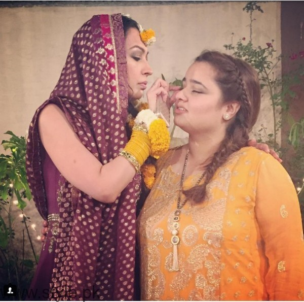 Model Rubya Chaudhry's wedding Pictures  (3)