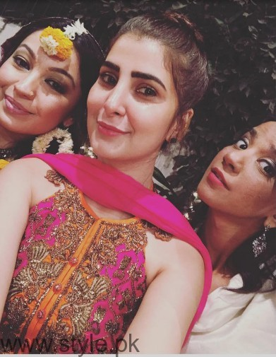 Model Rubya Chaudhry's wedding Pictures  (6)