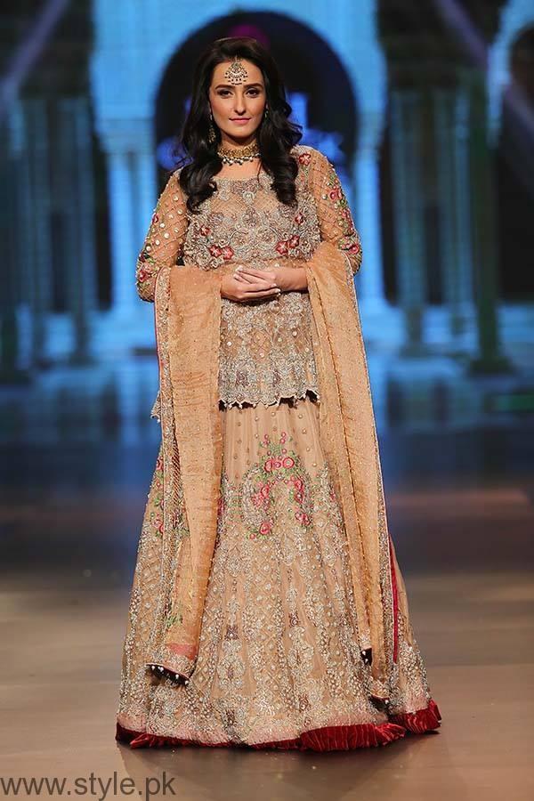 Momal Sheikh - Bridal Couture Week 2016 Day 1