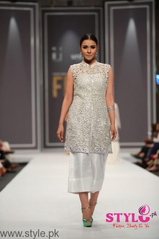 Natasha Kamal's Dresses at FPW2016 (5)