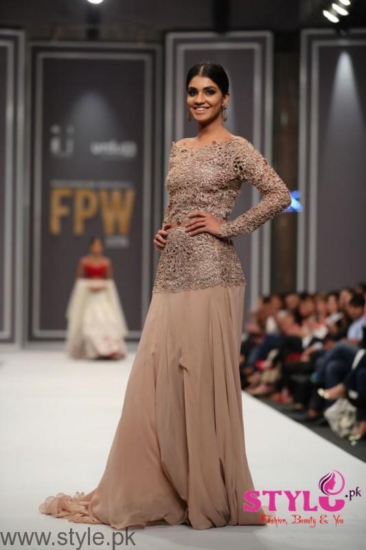Natasha Kamal's Dresses at FPW2016 (7)