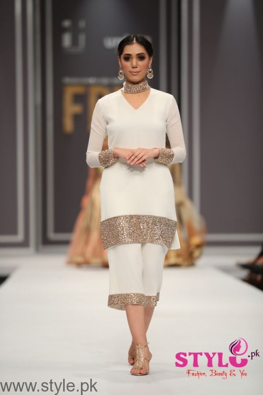 Natasha Kamal's Dresses at Fashion Pakistan Week 2016 (4)